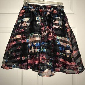 Floral Detailed Skirt