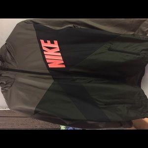 Nike Men's Windbreaker