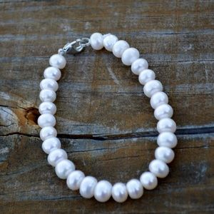 Genuine Freshwater Pearl Simple Beaded Bracelet