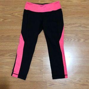 Athleta S black/fuschia crop legging