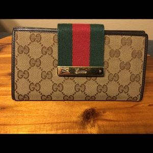 GUCCI GG Continental Wallet