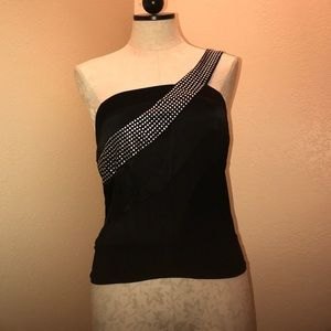 Euc Bebe off shoulder top size xs