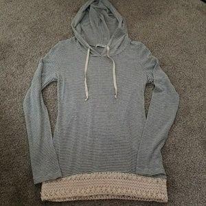 NWOT Women's Crocheted Pullover