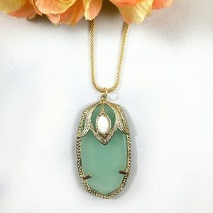 Darby Necklace