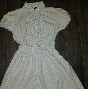 Dresses & Skirts - totes adorbs! seersucker vintage dress