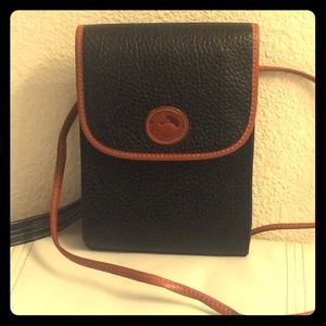🦆Vintage Dooney & Bourke Black Crossbody
