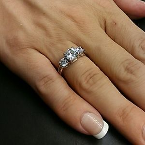2.5cts AAA Diamonds 925 Sterling Silver Engagement