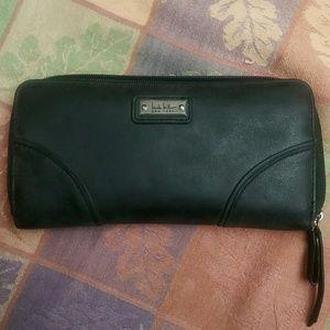 Nicole Miller black zip wallet