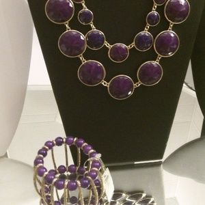 NECKLACE AND BRACELET RETAIL $45 A216