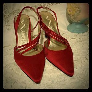 NINA RED SATIN DRESS HEEL STRAP LEATHER SOLE 6 1/2
