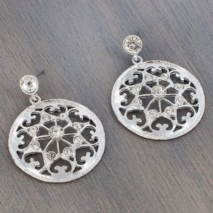 Silvertone & Rhinestone Filigree Drop Earrings