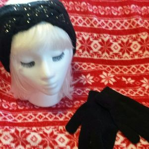 Vera wang hat with wristlet gloves