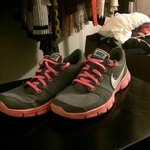 Nike Women's Flex Experience Rn Running Shoes Sz 8