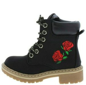 Other - New kids boots