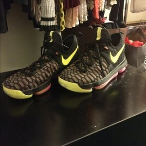 Nike Zoom KD IX 9 UNLIMITED Mulitcolor size 5.5Y