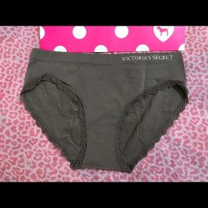 Victoria secret hiphugger panty with lace small