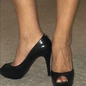 Michael Kors York black platform peep toe heels