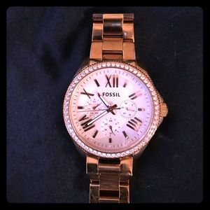 Rose gold Fossil watch w rose gold face