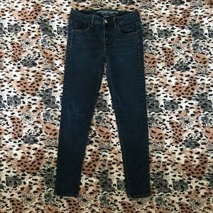 American Eagle Dark wash Jeggings in a size 6