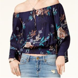 Like new off the shoulder crop top