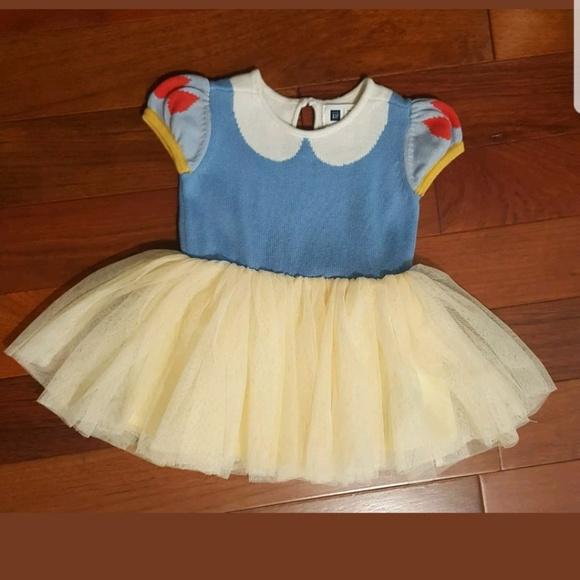 Gap white and yellow dress