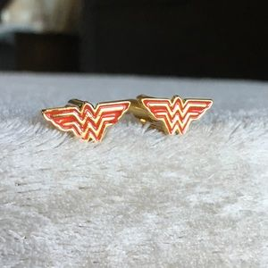 Wonder Woman Cufflinks