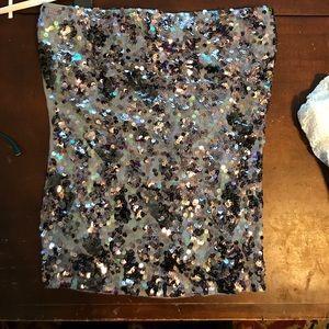 Strapless shimmer top