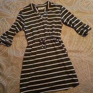 Cute striped dress / tunic for girls