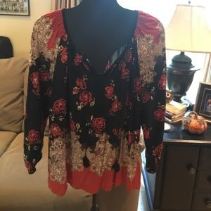 Tops - Tunic perfect for Fall!