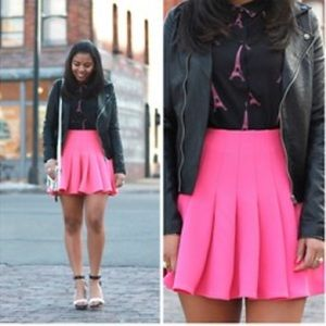 H&M Pink Pleated Mini Skirt