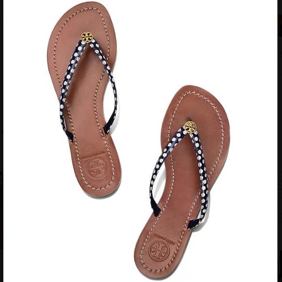 0a0b9bf21 NWT Tory Burch Terra thong sandals. M 59ea060a981829858100e3a2