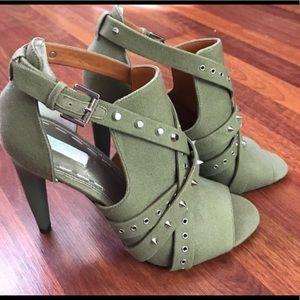 Rachel Roy studded heel