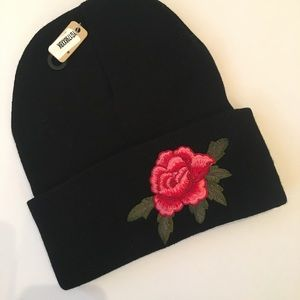 Winter Sweater hat with embroidered appliqué