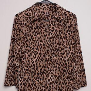 Women's 212 Collection Cheetah Print Long Sleeve M