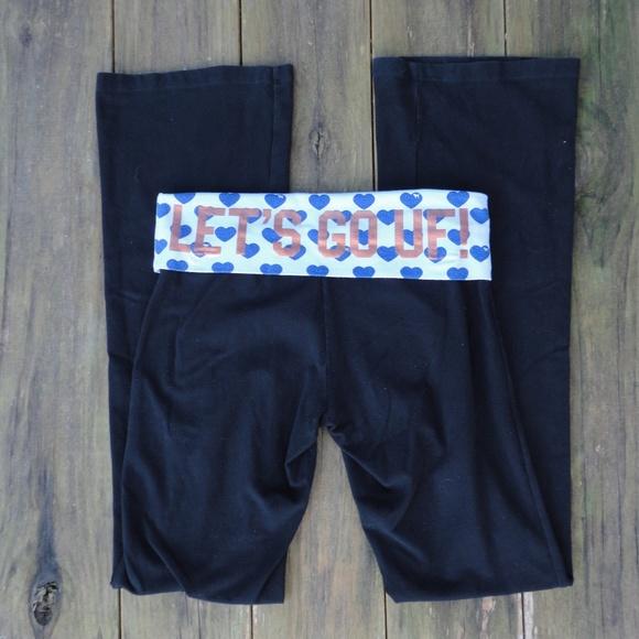 df93efd078eed8 PINK Victoria's Secret Pants   University Of Florida Gators Yoga ...