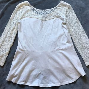 Lace detailed singed shirt