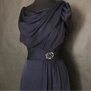 Elegant Navy Blue Adrianna Papell dress