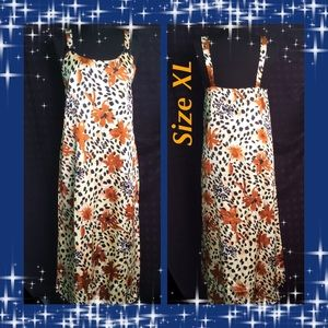 Floral Long Nightgown / Size XL / Great Print