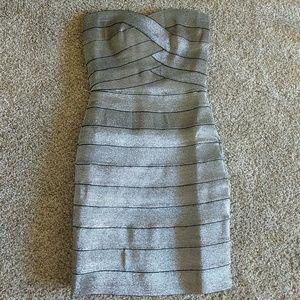 Dresses & Skirts - Beautiful mini dress!