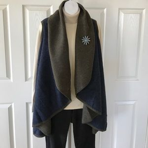 Shawl/Vest Reversible