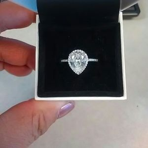 Authentic brand new Pandora Radiant Teardrop Ring