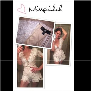 Misguided White Floral Romper w/Cage Cutout Detail