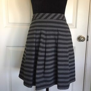 GAP Gray Striped Skirt