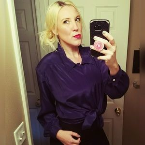 Fancy and sweet, VINTAGE, navy, button up blouse!!