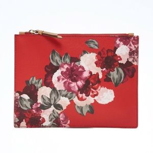 ❤️ NWT Banana Republic red floral pouch - so cute!