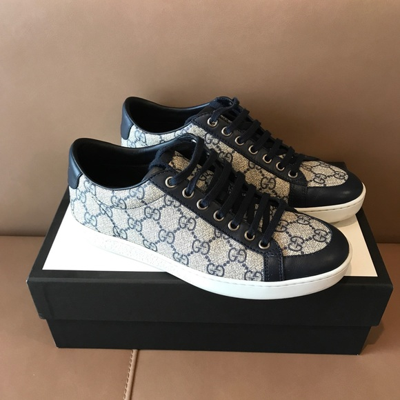 af509f234 Gucci Shoes | Classic Print Canvas Sneakers 7 G 75 Us | Poshmark