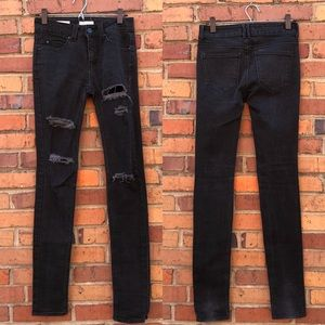 Silence + Noise High Rise Skinny Twig in Black 27