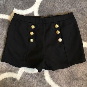 Back zip, sailor shorts