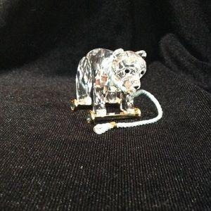 Swarovski crystal pulling bear