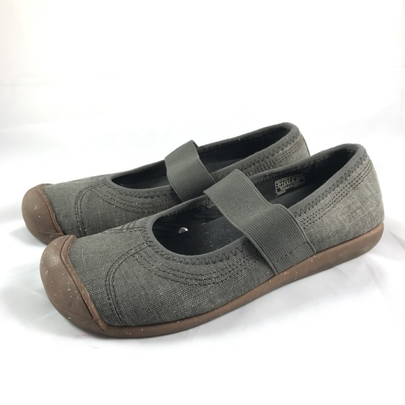81e56fc37be Keen Shoes - Keen Sienna Mary Jane Gray Canvas Flats Size 6.5